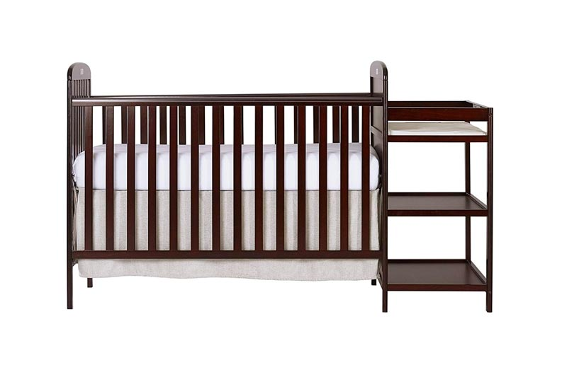 Dream On Me, 4 in 1 Full Size Crib and Changing Table Combo